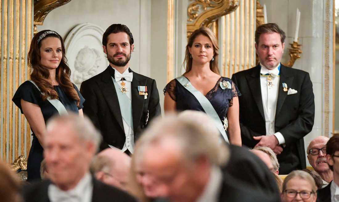 Avstår. Prinsessan Sofia, prins Carl Philip, prinsessan Madeleine och Chris O'Neill skippar alla Svenska Akademiens högtidssammankomst i år.