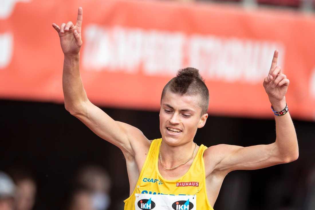 Emil Millán de la Oliva krossat sin egen rekordtid på 10 000 meter med 47 sekunder.