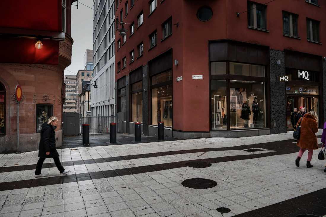 """I Stockholms första """"gated community"""", eller """"förbjudna staden"""" ligger bland annat Stefan Löfvens statsrådsberedning och Magdalena Anderssons finansdepartement."""