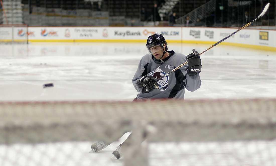 I januari 2011 gjorde Peter Forsberg ett sista försök till en comeback. Här tränar han i Denver inför återkomsten i NHL.