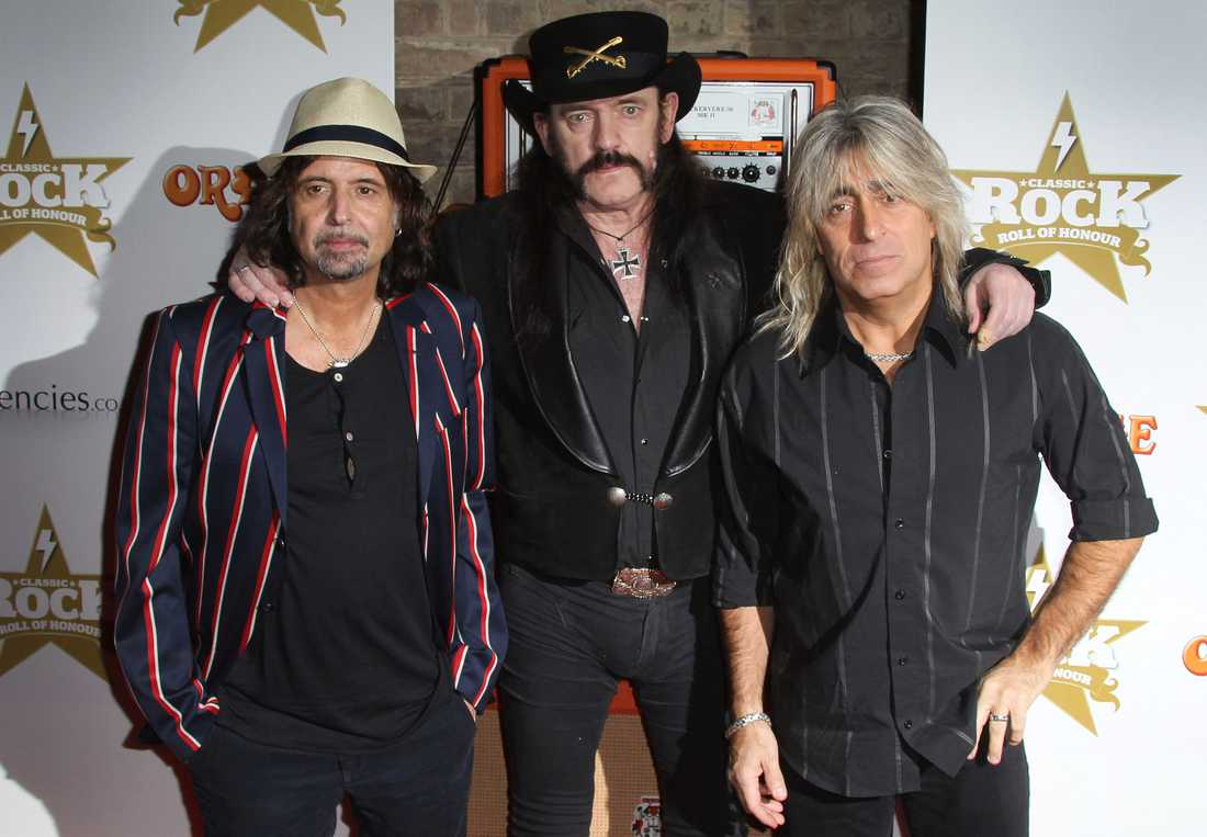 Från vänster Phil Campbell, Lemmy Kilmister och Mikkey Dee från Motörhead vid Classic Rock Roll Of Honour Awards i London 2012.