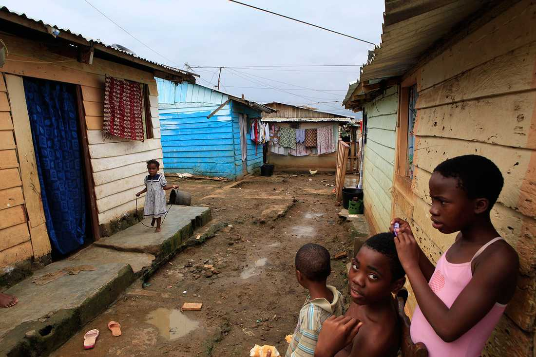 """LANDET MED LÄGST IQ I boken """"Intelligens och nationernas rikedomar"""" från 2002 rankas Ekvatorial Guinea som landet vars medborgare har lägst genomsnittligt IQ i världen med 59 poäng. Men boken är mycket kontroversiell..."""