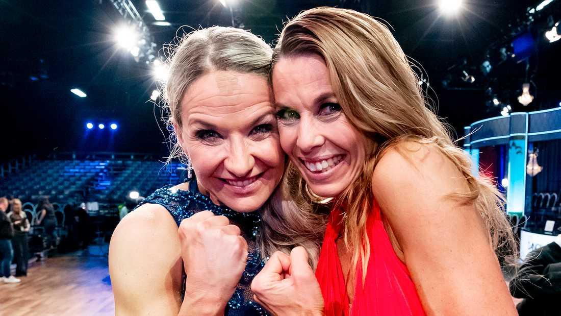 """Kristin Kaspersen och Magdalena Forsberg klara för final i """"Let's dance""""."""