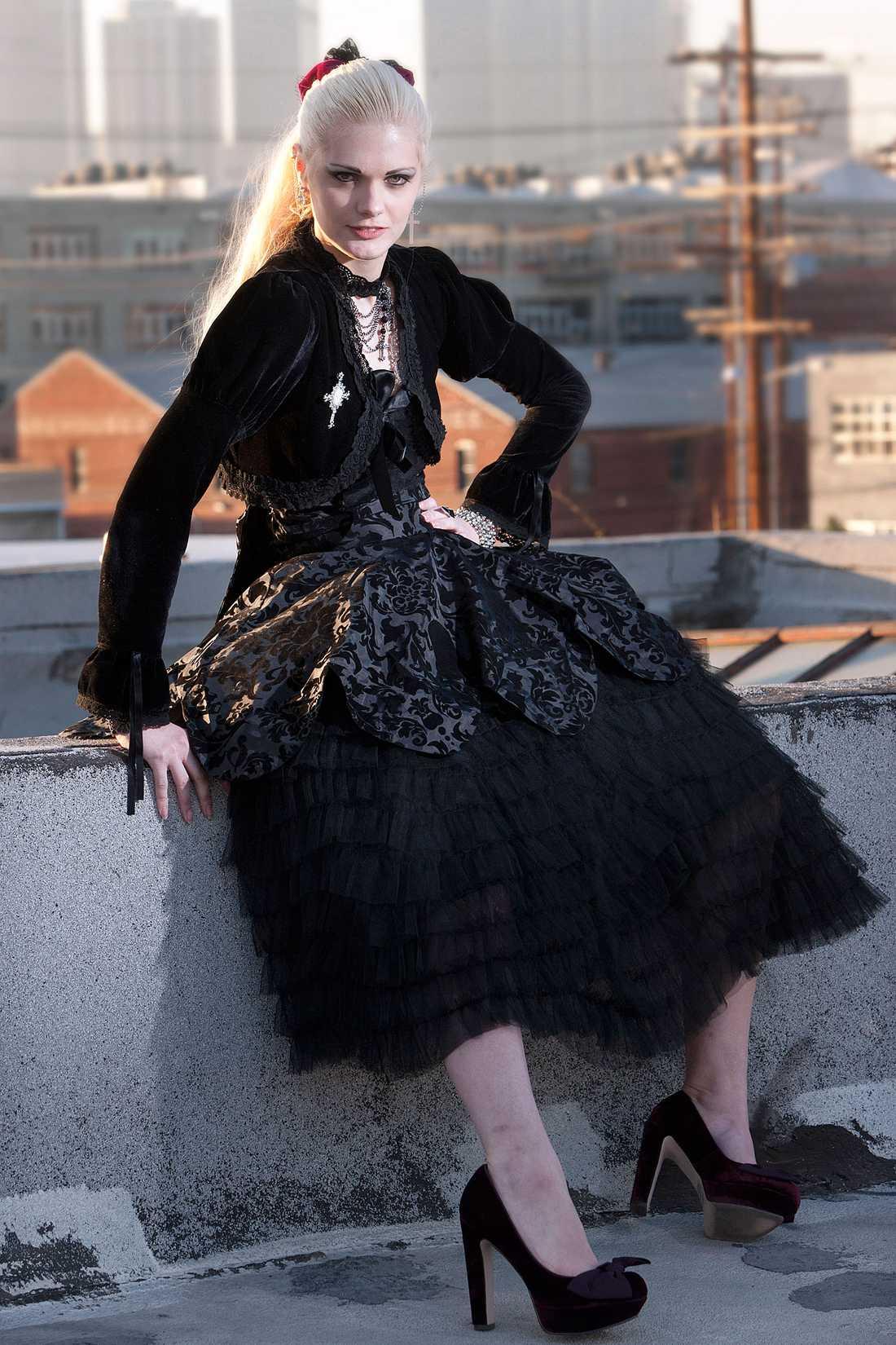 """""""VILL VISA MINA STYRKOR"""" Victoria Eriksson ville inte berätta om sin diagnos för de andra tjejerna i """"Top model""""-huset."""