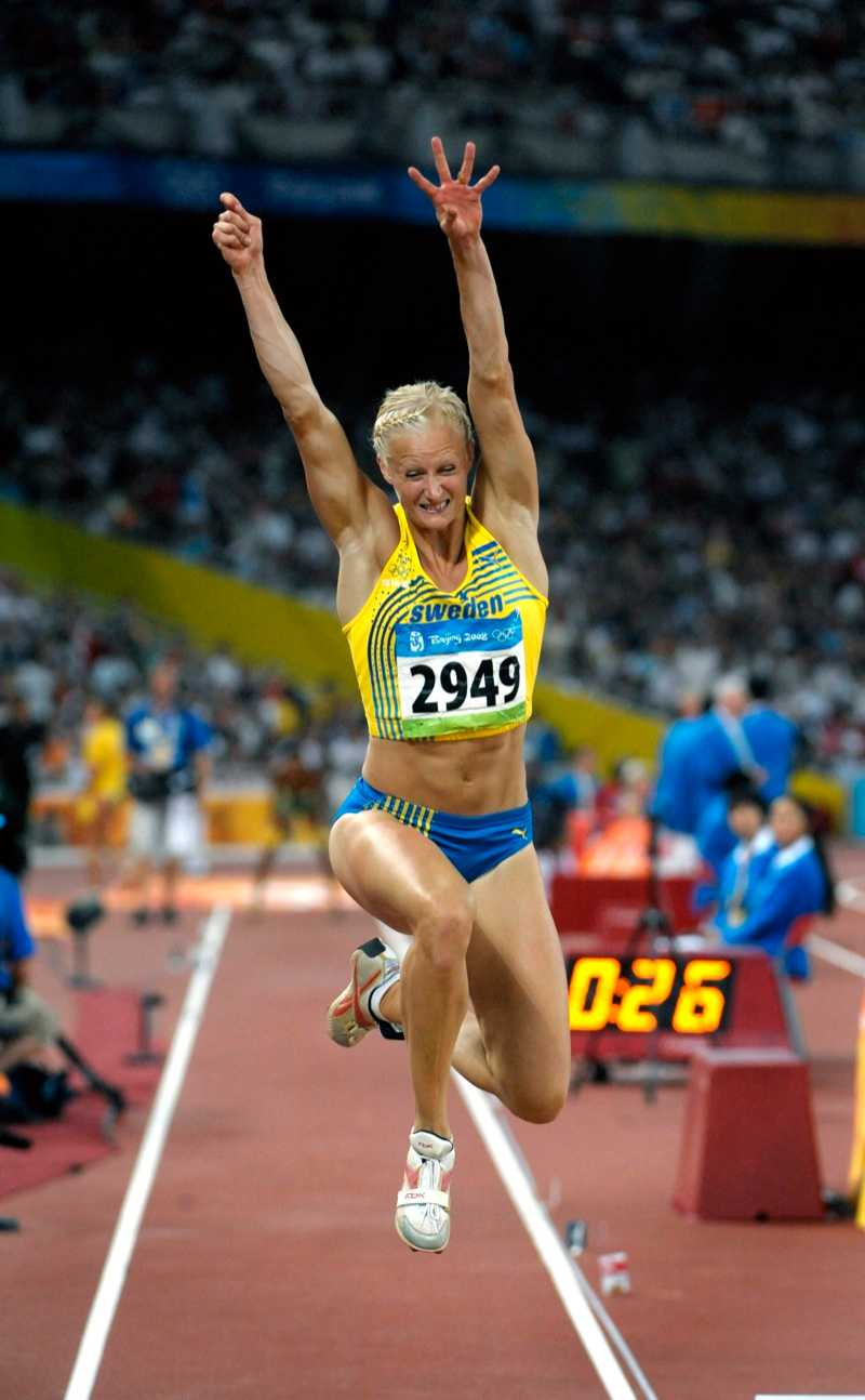 I OS i Peking hade hon slutat sin satsning på sjukamp, och satsade på längd och tresteg.