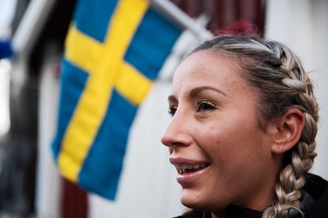 Chloë Hansson.