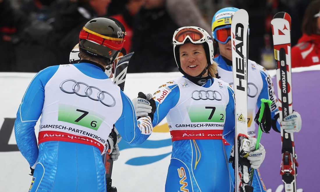 Anja Pärsons historiska 13:e VM-medalj kom i lagtävlingen i Garmisch-Partenkirchen.