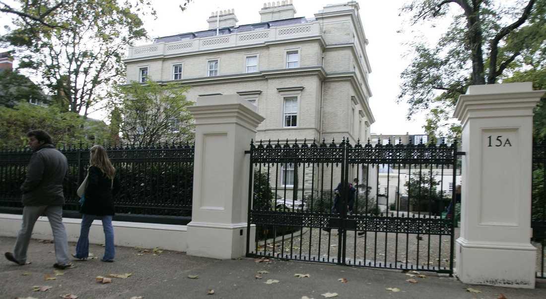 Tvåa på listan hamnar Kensington Palace Gardens som har fått smeknamnet miljardärslängan (billionaire's row).