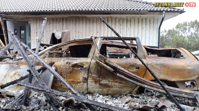 Parets bil exploderade i branden.