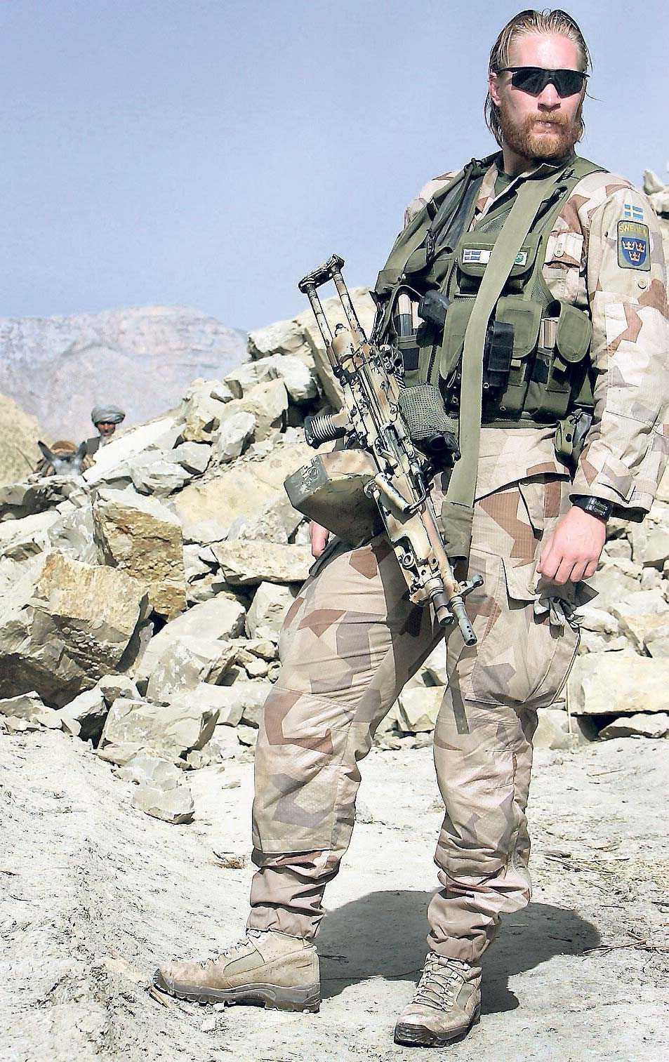 Soldat ur en svensk observationsgrupp i Afghanistan.