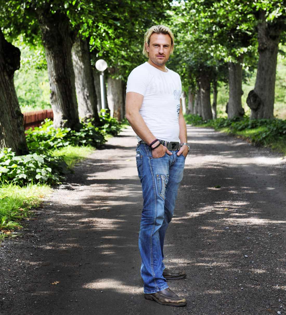NU  Pär-Ola Nyström fick en chock när han såg sig själv i tv – och bantade rejält.