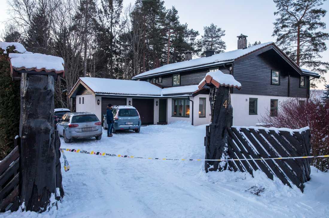 Anne-Elisabeth Falkevik Hagen, som är gift med en av Norges rikaste män, har varit försvunnen i tio veckor. Den 68-åriga kvinnan tros ha blivit bortförd mot sin vilja. Hon såg senast vid sitt hem den 31 oktober förra året.