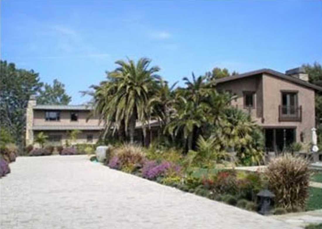 KÖPER HUS Pink och maken Carey Harts nya hus.
