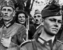 Koskie, Polen 5 september 1939 – Leni Riefenstahl blir vittne till en nazisstisk massaker.