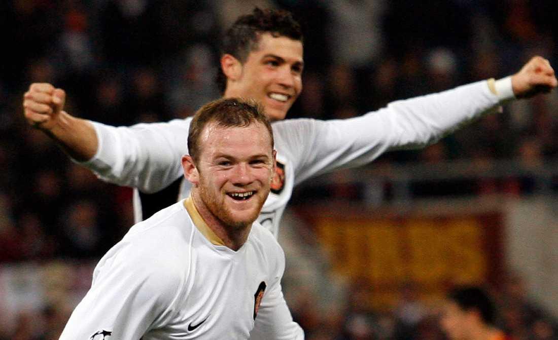 Wayne Rooney och Cristiano Ronaldo får sova ensamma.