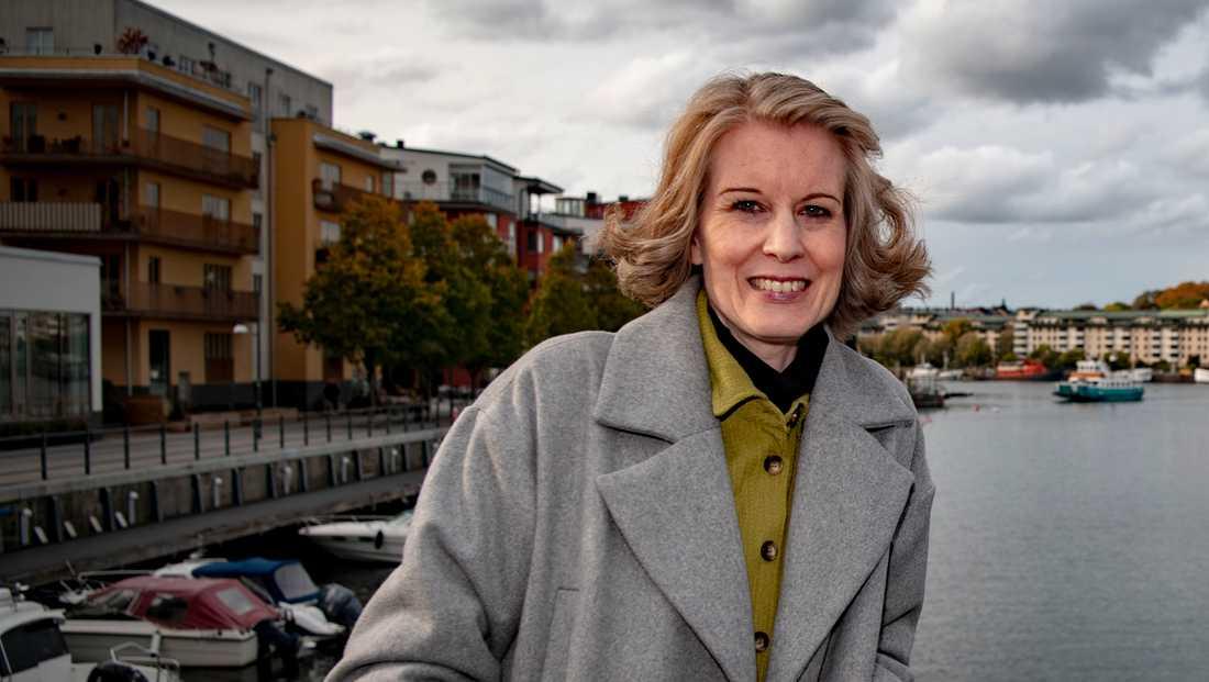 Linda Skugges omfattande textproduktion under 2020 har nu getts ut i en samlingsvolym.