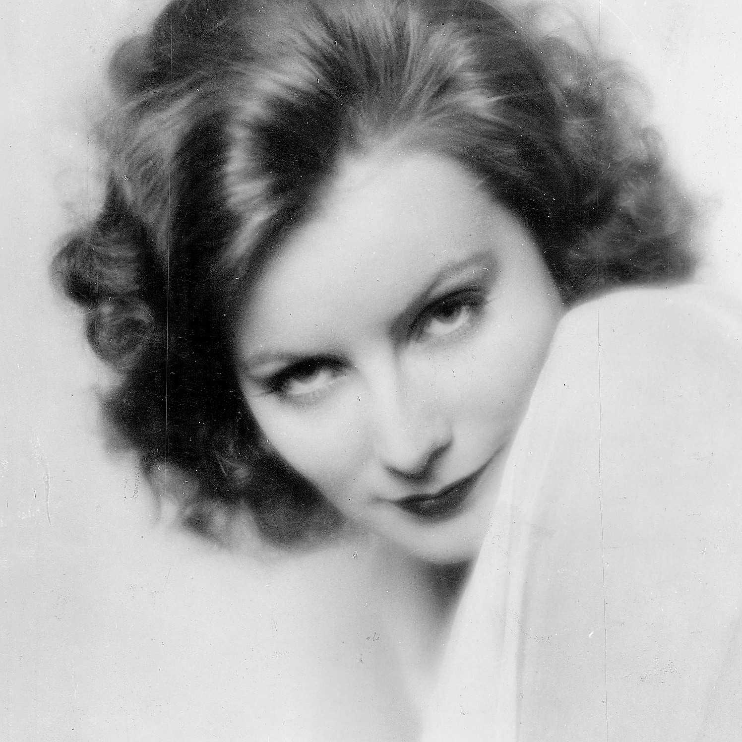 """Greta Garbo i """"En gudomlig kvinna"""", amerikansk stumfilm från 1928."""