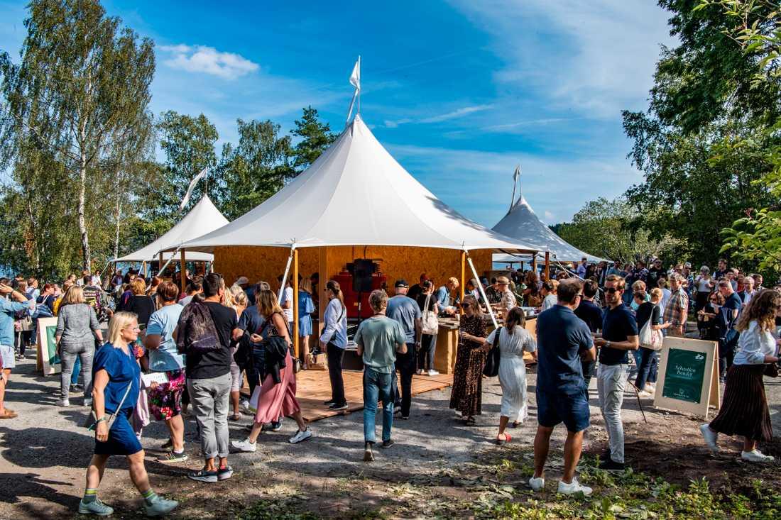 Runt 4 000 besökare kom till Fjäderholmarna under helgen.
