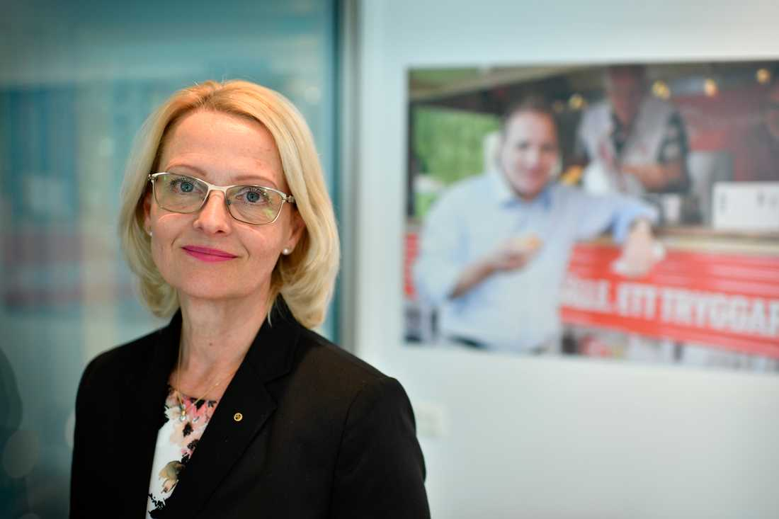 Heléne Fritzon (S) vill att ett socialt protokoll med de grundläggande fackliga fri- och rättigheterna ska skrivas in i EU:s fördrag nästa gång det revideras.