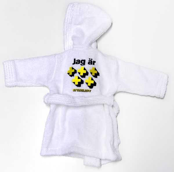 20 vinnare får varsin badrock till bebisen.