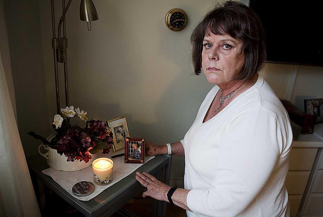 """chockad """"Jag hade aldrig kunnat drömma om att det kunde gå till så här"""", säger Vivi-Ann vars make dog vid hennes sida när SOS inte tog hennes larm på allvar."""