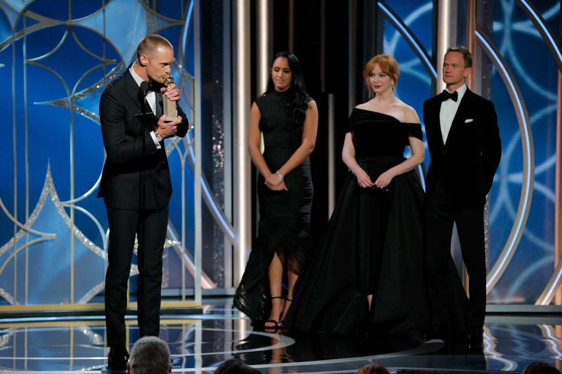 """Skarsgård vann pris för """"bästa manliga biroll""""."""