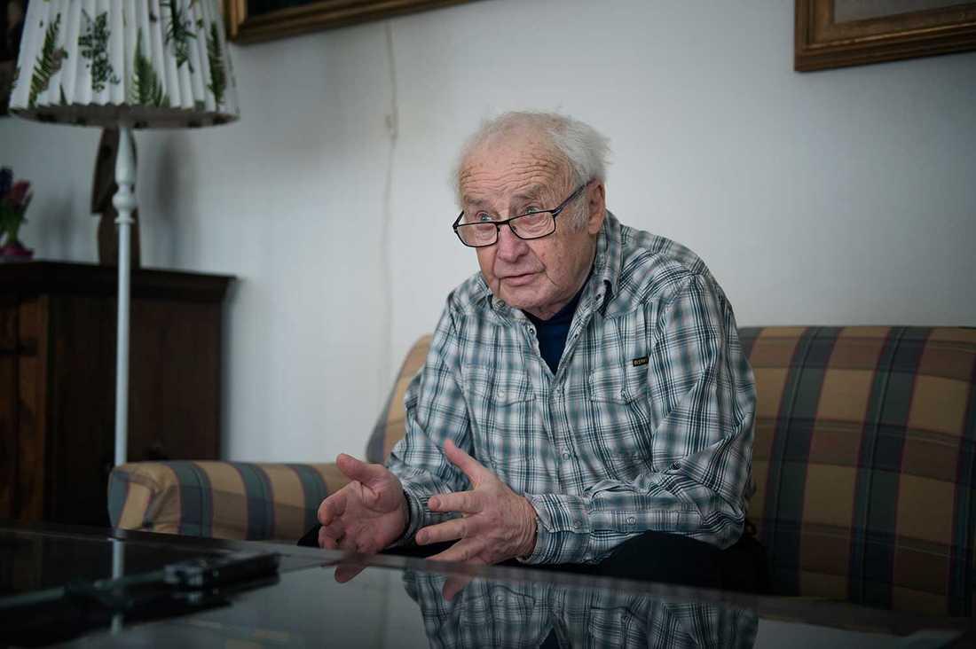"""""""De kommer att få djävligt dåliga pensioner. Men det är kanske obehagliga tankar som ingen vill tänka på nu"""", säger Kjell-Olof Feldt."""
