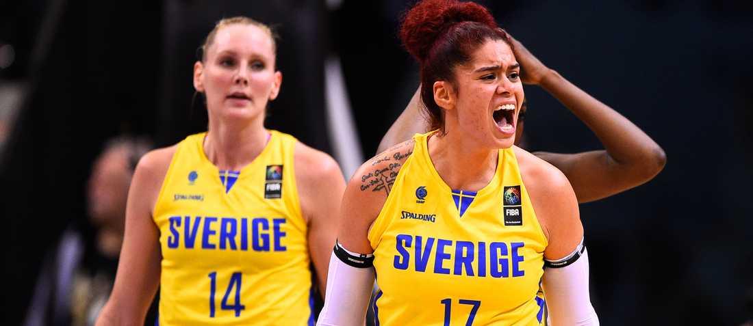 Sverige fick inkassera tung förlust mot Kanada.