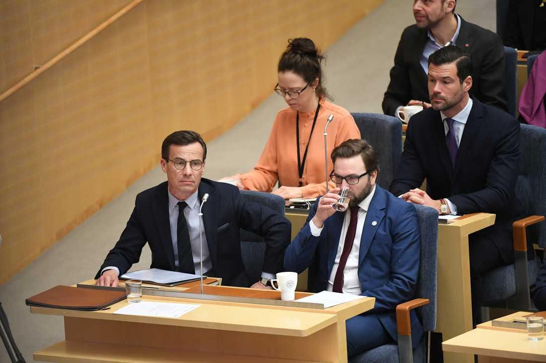Ulf Kristersson på plats för statsministeromröstning i Riksdagen.