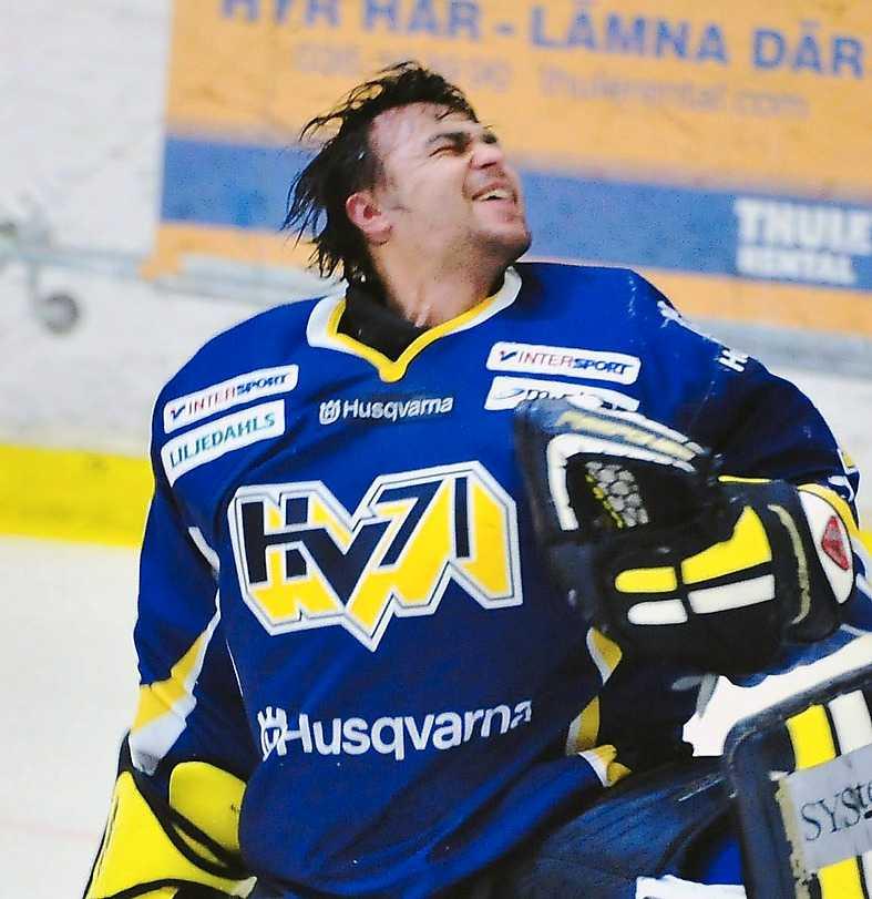 Stefan Liv (1980-2011) Svensk hockeymålvakt. Dog i en flygkrasch i Ryssland.