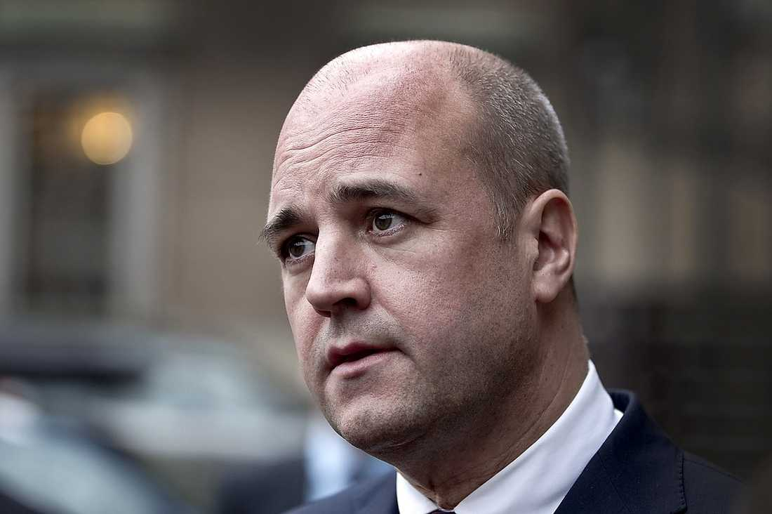 SER INGA PROBLEM Statsminister Fredrik Reinfeldt (M) låter sig inte störas av KD:s anklagelser.
