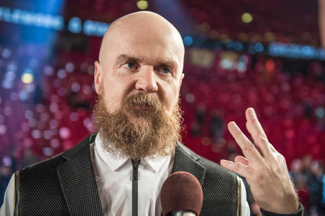 """Alexander Bard fick sparken från TV4-programmet """"Talang"""" efter att ha twittrat hånfullt om Black lives matter-rörelsen."""
