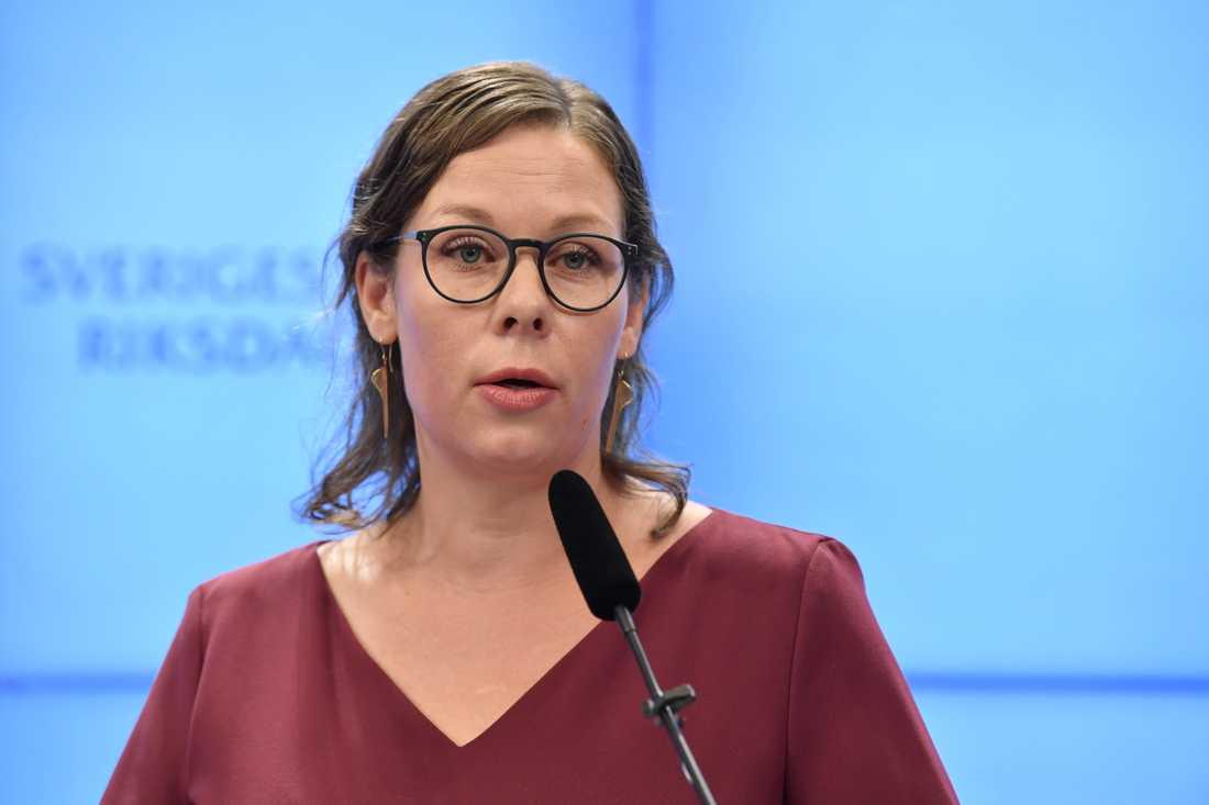 Moderaternas Maria Malmer Stenergard är positivt överraskad av det förslag som nu ligger på migrationskommitténs bord. Arkivbild.