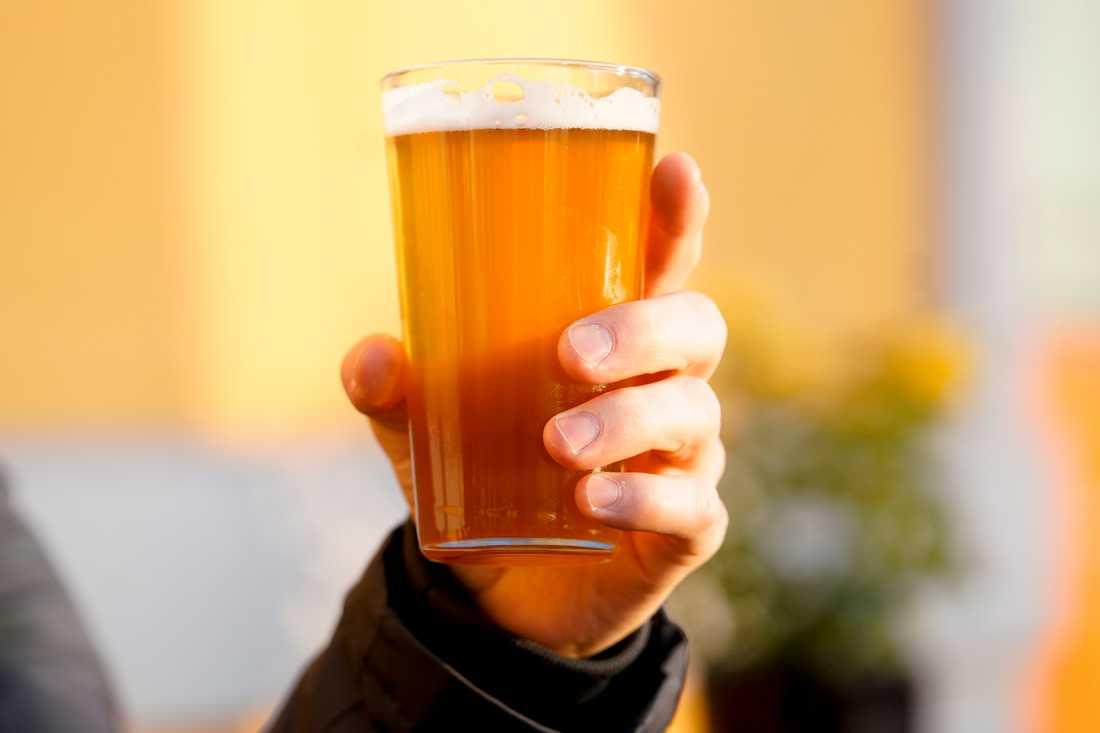 Öl återkallas efter att vetemalt förekommit i drycken utan att detta angivits. Arkivbild.