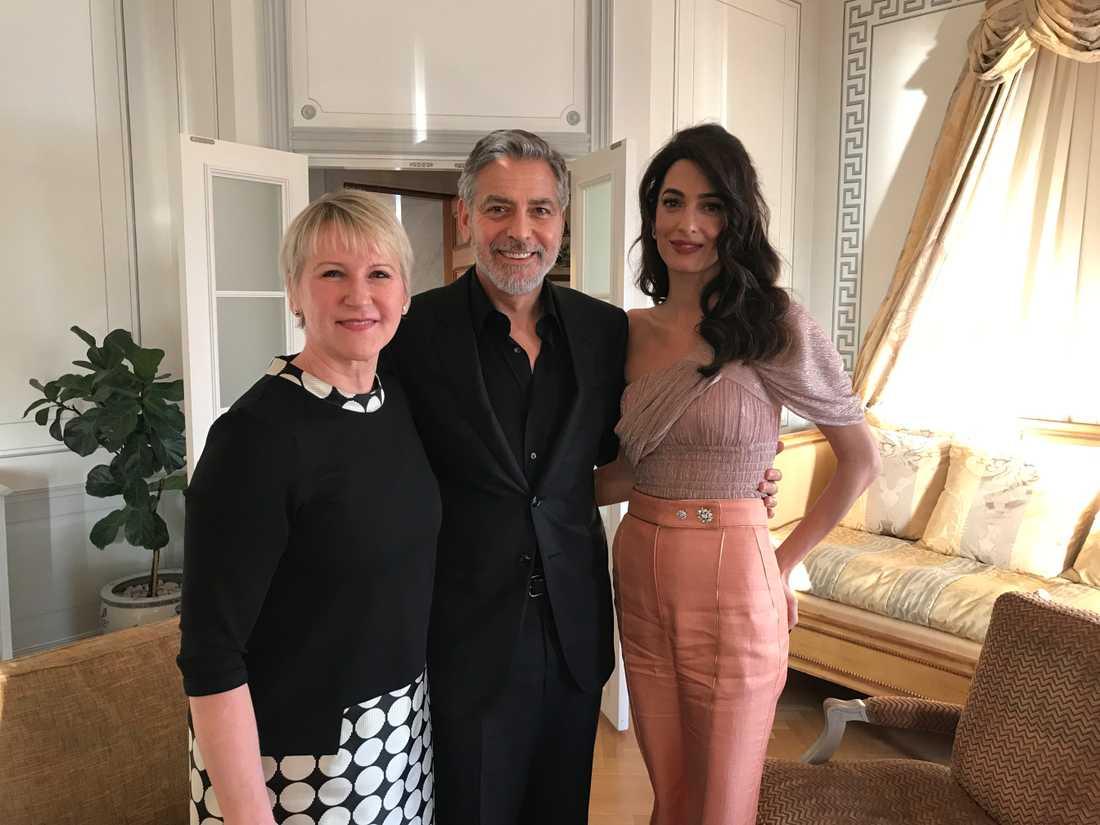 Margot Wallström tillsammans med makarna Clooney.