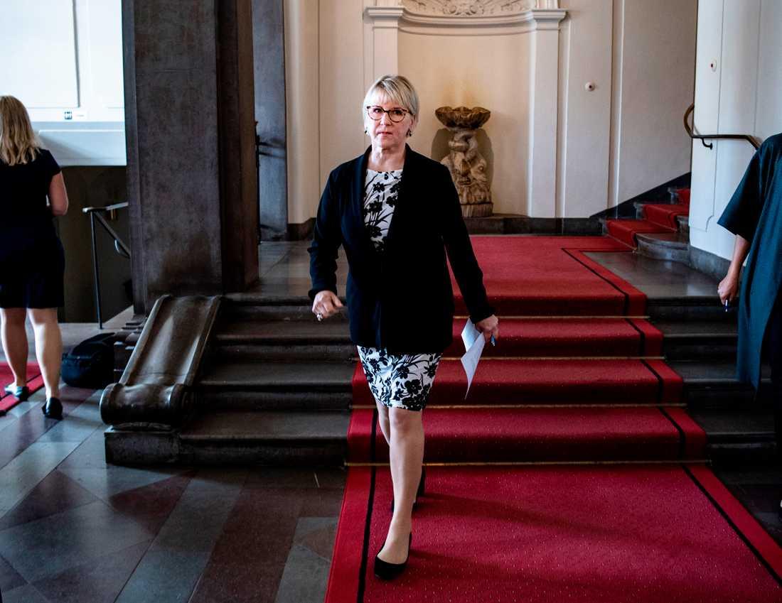 Utrikesminister Margot Wallström meddelar att hon avgår från sin post.