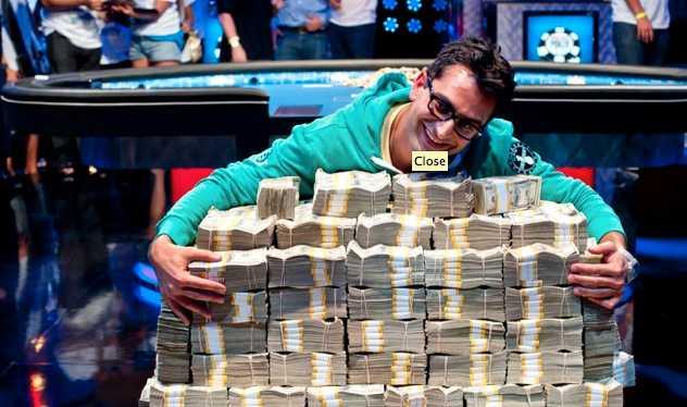Antonio Esfandiari har mycket pengar att spendera nu.