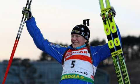 Guld i söndags. Kan Helena Jonsson utmana om en ny VM-medalj i dagens distanslopp?