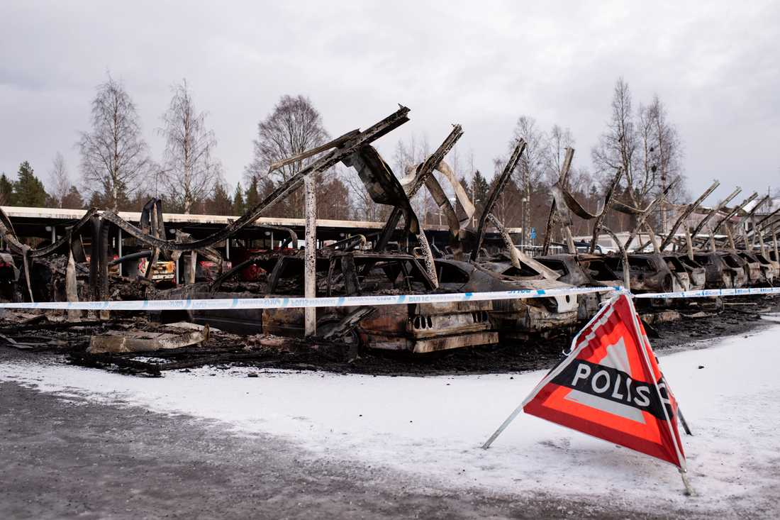 Det hastiga brandförloppet gjorde att polisen misstänkte att branden den 14 februari var anlagd.