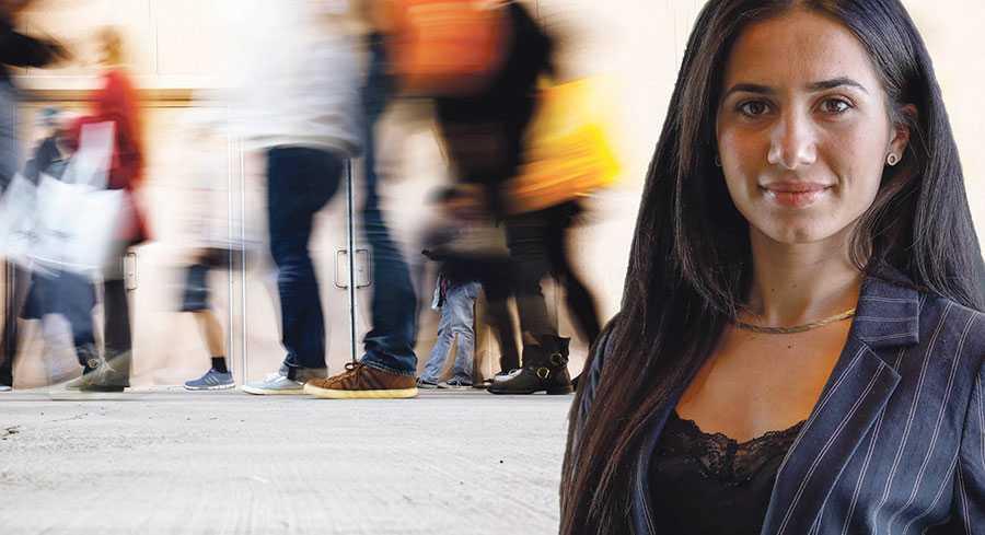 Kort och gott: Ifall du vill leva i landet Sverige, bli svensk medborgare, arbeta och starta företag i Sverige och nyttja de möjligheter som den svenska friheten ger,har du en skyldighet att acceptera alla andra människors frihet, skriver Diana Zadius. Bilden är ett montage.