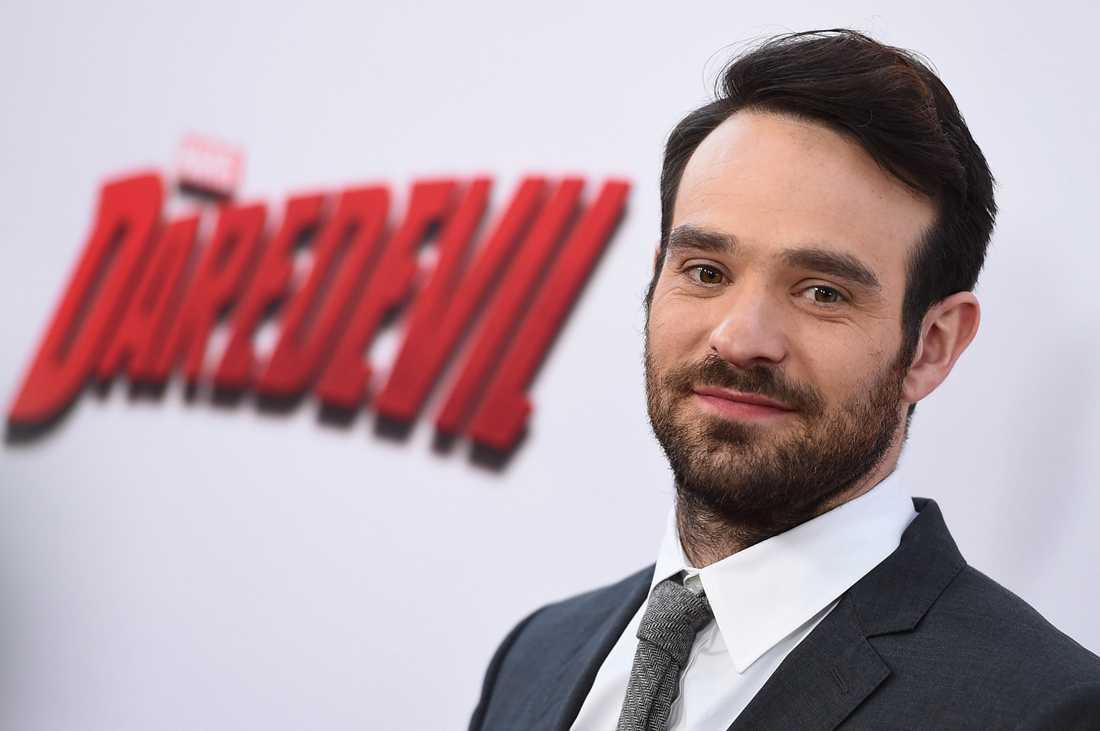 Charlie Cox spelar Daredevil.
