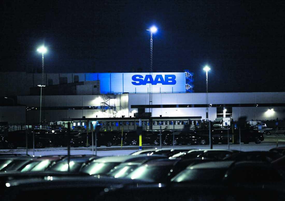 Höga krav Ed Whitacre, ordförande i General Motors, vill inte träffa den svenska regerings delegationen för att prata om SAAB:s framtid, som nu ser allt annat än lovande ut.
