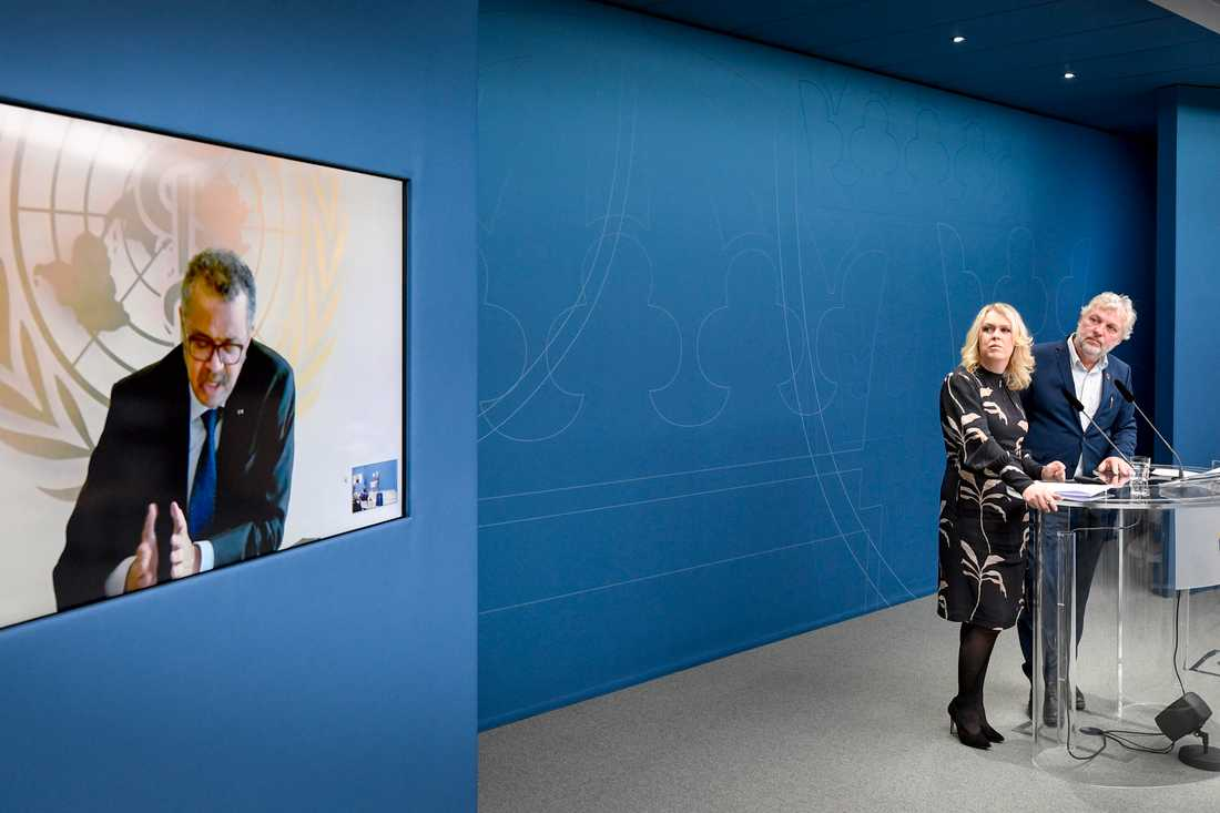 Socialminister Lena Hallengren (S) och minister för internationellt utvecklingsarbete Peter Eriksson (MP) höll presskonferens om coronaviruset. Med på länk WHO:s generaldirektör doktor Tedros Adhanom Ghebreyesus.