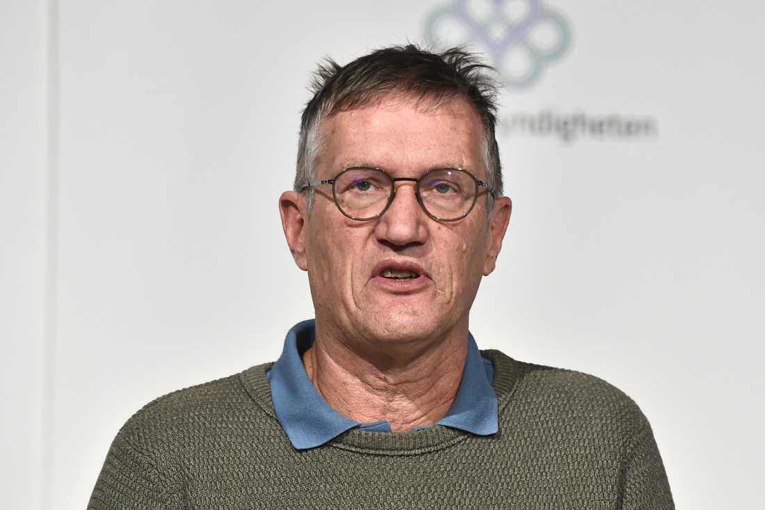 Statsepidemiolog Anders Tegnell vid torsdagens pressträff med Folkhälsomyndigheten.