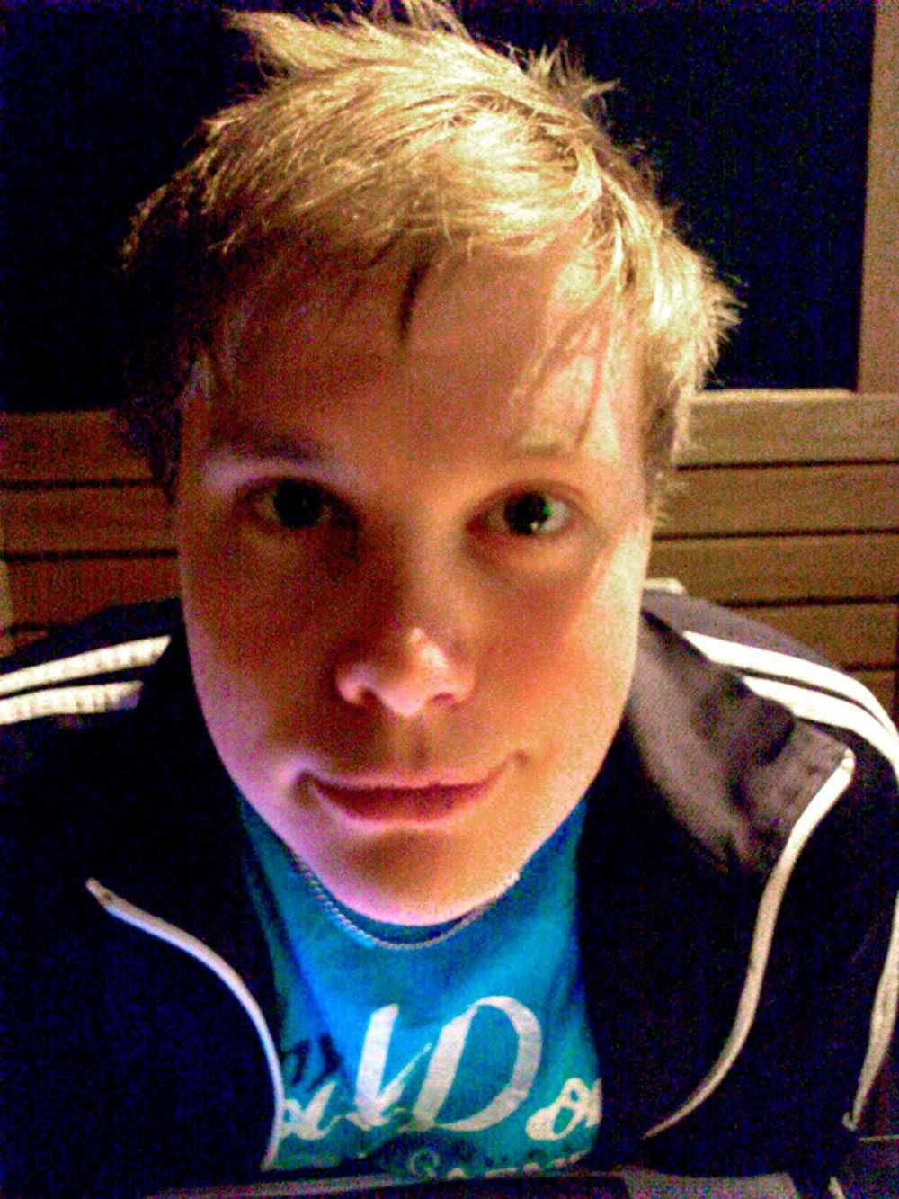Robert, 29, från Sundsvall. Hittade brunt föremål bland ostbågarna.k