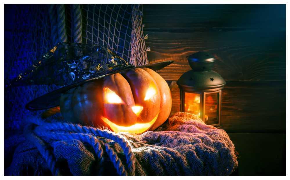 Om halloween infaller mitt i veckan flyttar vi ofta firandet till en närliggande helg.