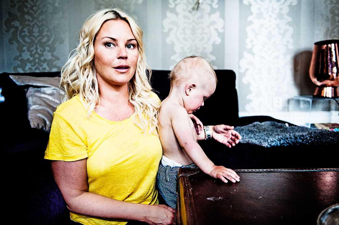 Magdalena Graaf och sonen Charlie.