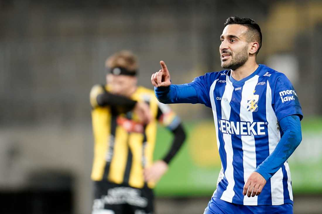 IFK Göteborgs Sargon Abraham firar kvitteringen till 1–1 mot Häcken på Gamla Ullevi.