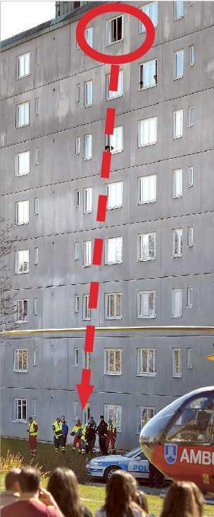 Flera barn från en skola i närheten blev vittnen till hur den 32-åriga kvinnan störtade från fönstret på sjunde våningen.