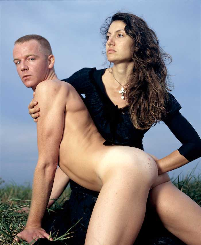 """""""The fisting"""". © Courtesy Andres Serrano & Galerie Nathalie Obadia, Paris/Brussels."""